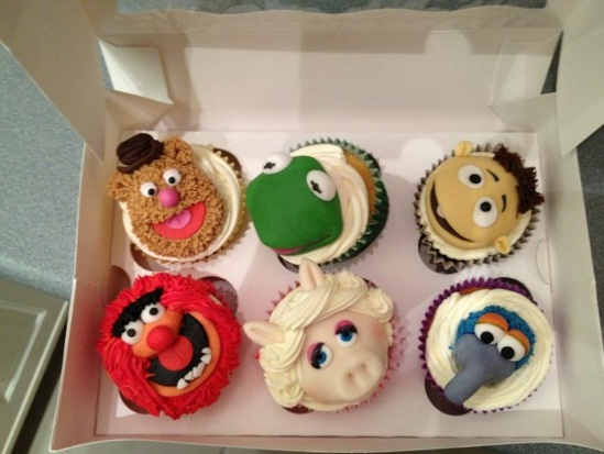 Stephen Fry tweeted these Muppets cupcakes
