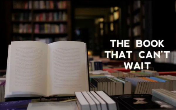 Disappearing ink book stunt – 'The Book That Can't Wait'