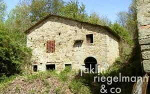 Borgo medievale nel Casentino per Arezzo