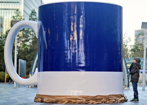 Canary Wharf wakes up to a giant cup of coffee
