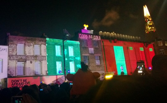 Nokia lights up London square to launch two Lumia handsets