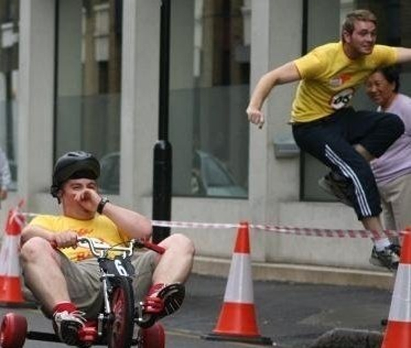 Pushing Andy (cheating) at the Shoreditch Grand Prix