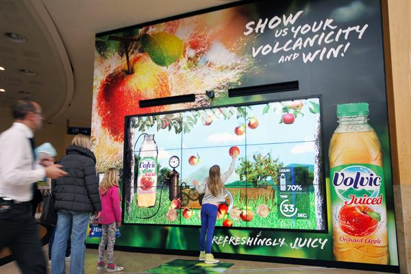 Volvic Juiced Interactive Digital Billboard - Bluewater Shopping Centre, May 2013