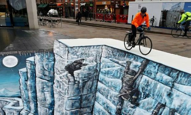 Game_of_Thrones_Wall_recreated_in_London