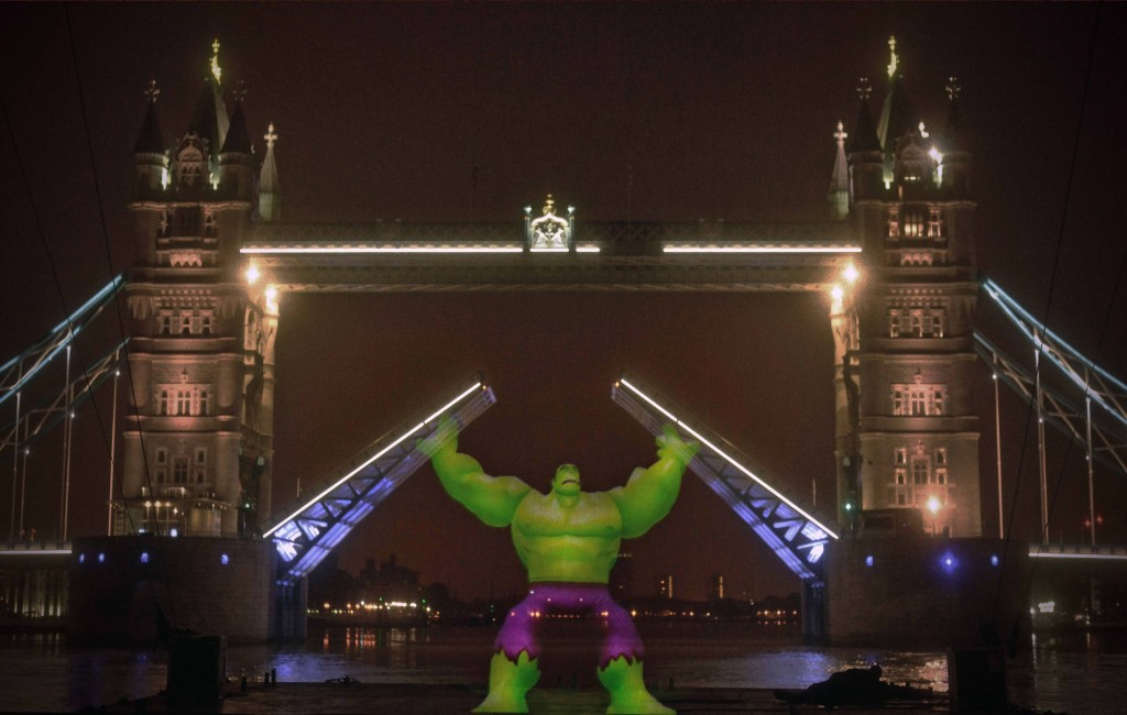 36ft tall Incredible Hulk 'raises' Tower Bridge in great projection PR stunt