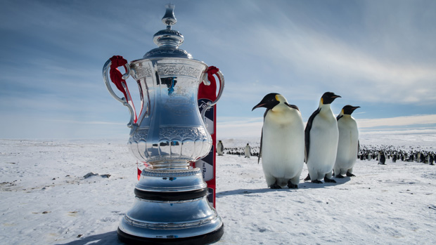 #FACupAdventure celebrates history of FA Cup with trip to South Pole