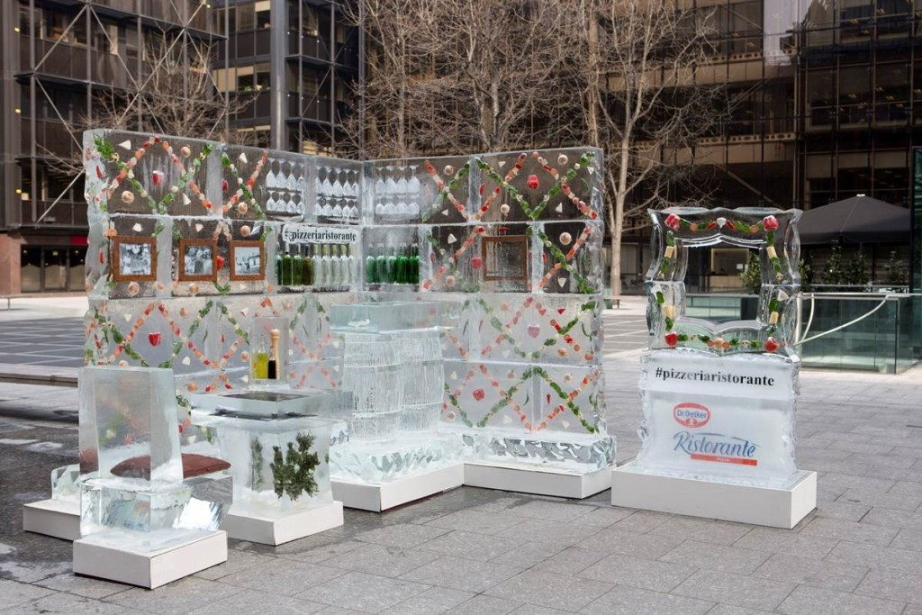 Pizzeria made out of ice for #freshnessfrozen campaign