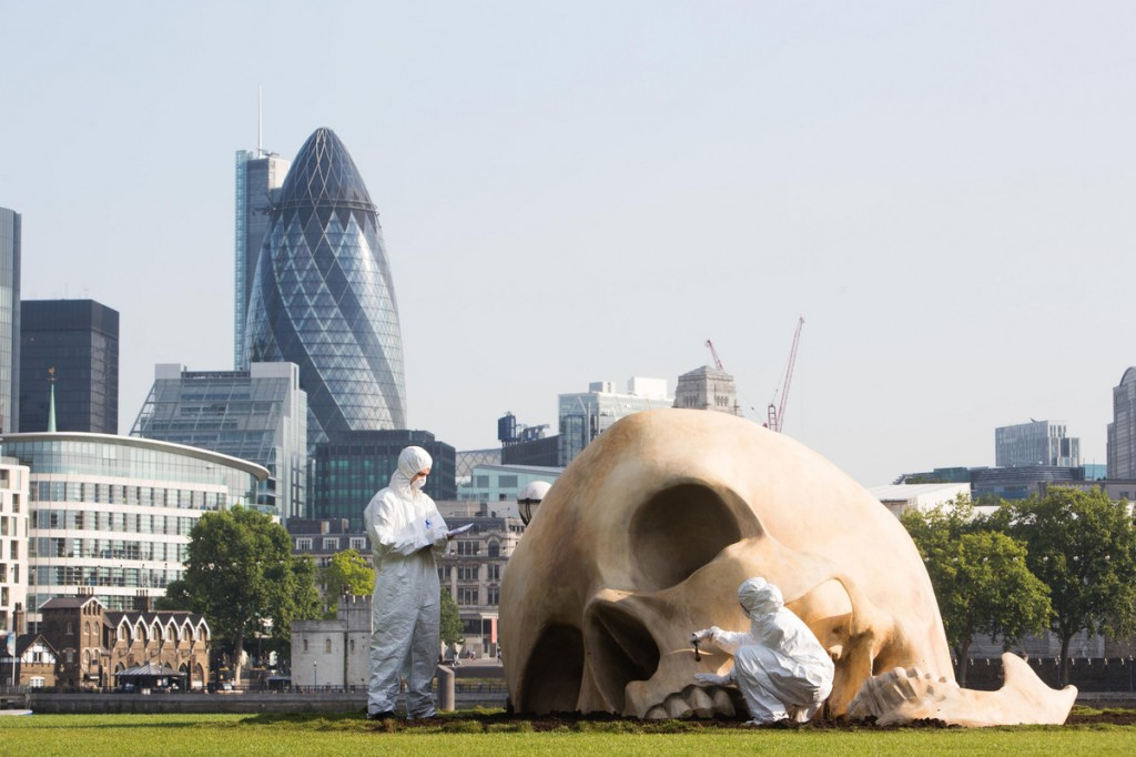 Giant skull found at 'magnified' crime scene on London's South Bank