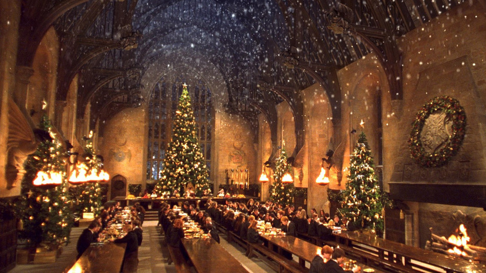 Hogwarts-Great-Hall-Christmas