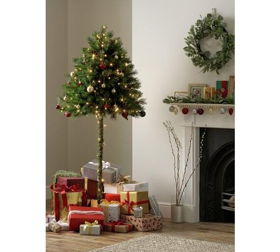 How To Keep Cats Away From Christmas Tree.Argos Is Selling Half Christmas Trees For Cat Owners Pr